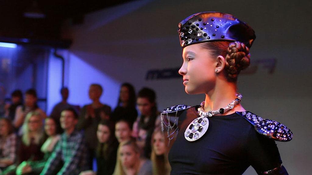 Саша Киселева - мастер-класс Vogue Runway